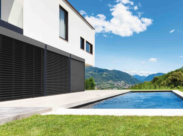 store pour terrasse maison nos stores banne conservez. Black Bedroom Furniture Sets. Home Design Ideas